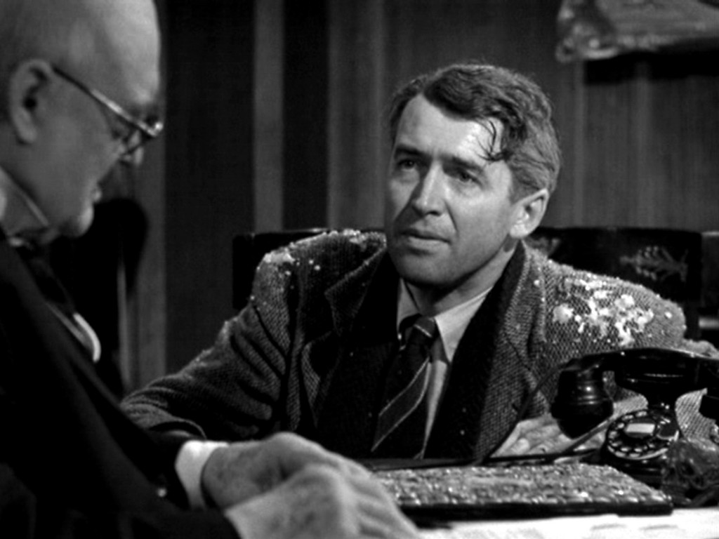 "Best Christmas Movie: The Case for ""It\'s a Wonderful Life"" 